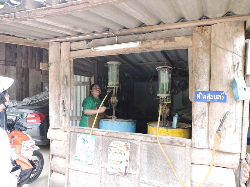 Gas on the way to Pai, from Chiang rai to pai, driving to pai, how to get to pai